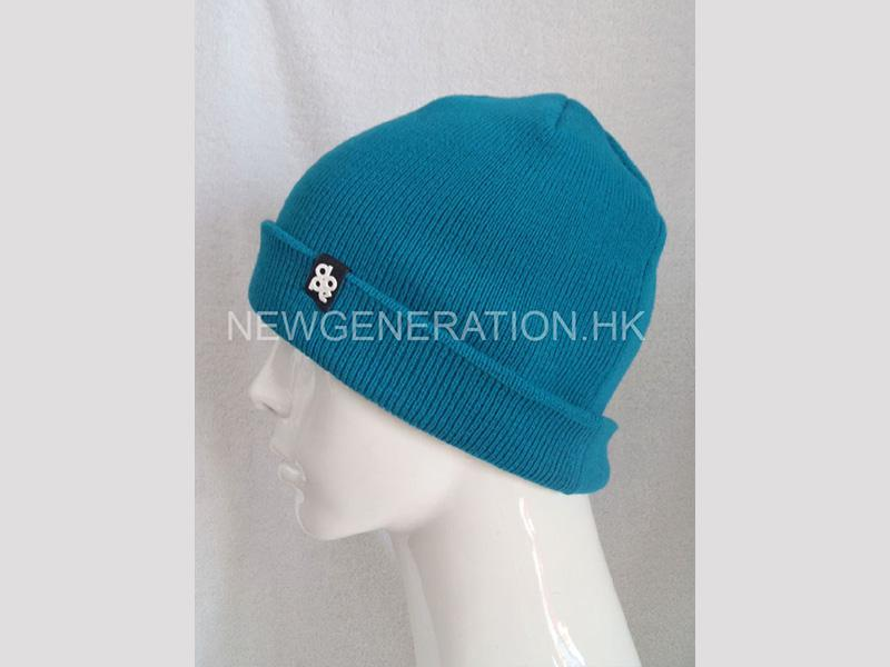 Acrylic Beanie With Rubber Patch4