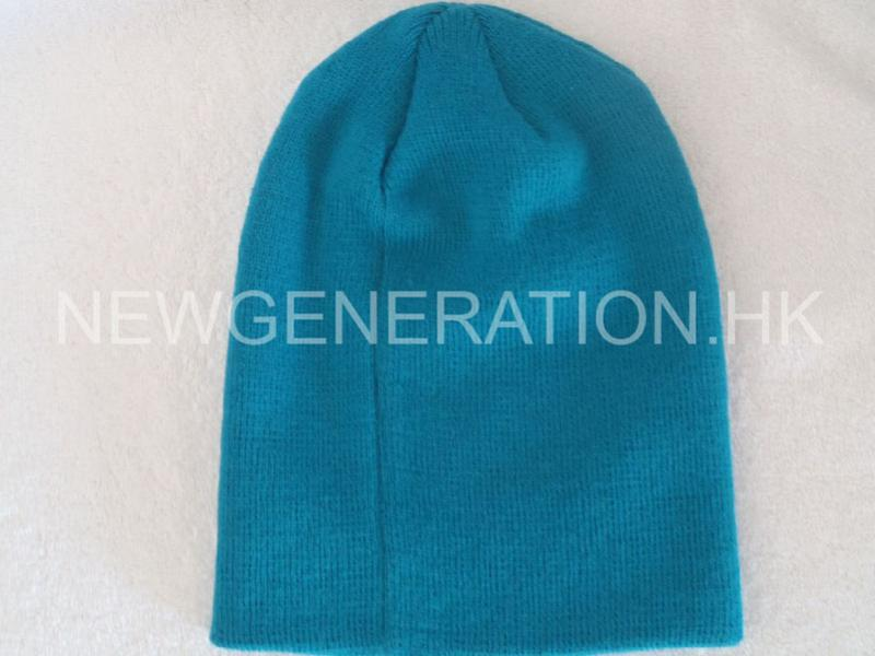Acrylic Beanie With Rubber Patch6