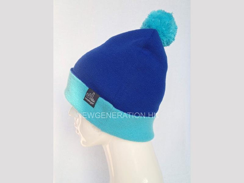 Winter Hat With Pom Pom4